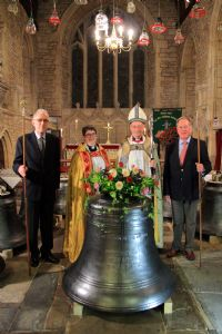 The churchwardens accept responsibilty for the bells