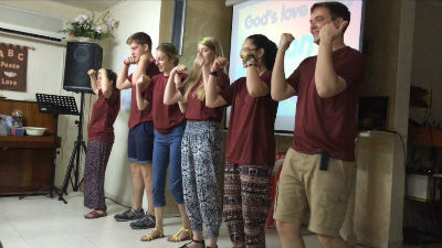 Ampthill youth group in Shefa'amr, 'God's love is BIG!'