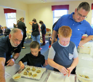 Messy Church Oct 2014