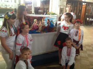 Ukrainian dancers