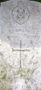 war grave 2