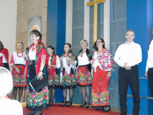 Polish Choir, Senza Nome