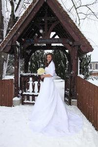 A white wedding!!