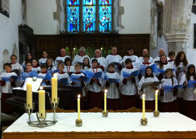 choir of men, girls and boys