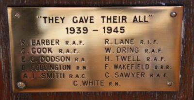 WW2 Memorial Plaque: Photo J Kebbell