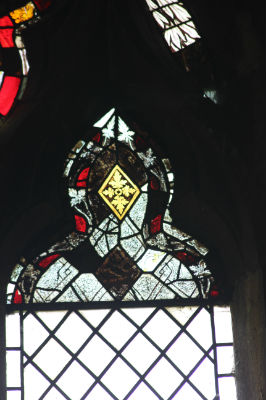 Medieval Glass Fragments: Photo C Kebbell
