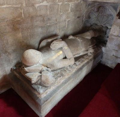 Sir Hugh de Cressy - Tomb