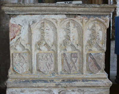 Pinchbeck Tomb: Photo C Kebbell