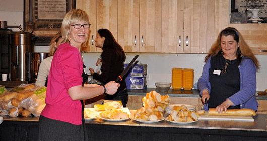 Volunteer - preparing food