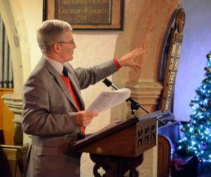 Stephen Plumb leading worship