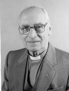 Rev Dr Brewer
