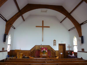 Church - East Runton chapel inside