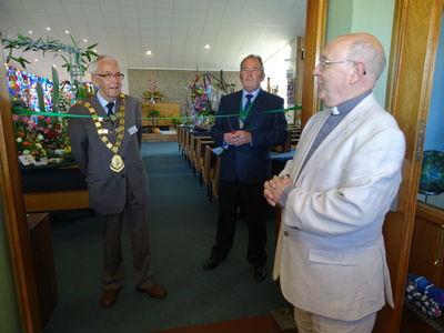 Music in Bloom - Rev. David Philo, the Mayor and Deputy Mayor open the Festival