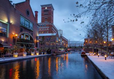 Birmingham canal winter
