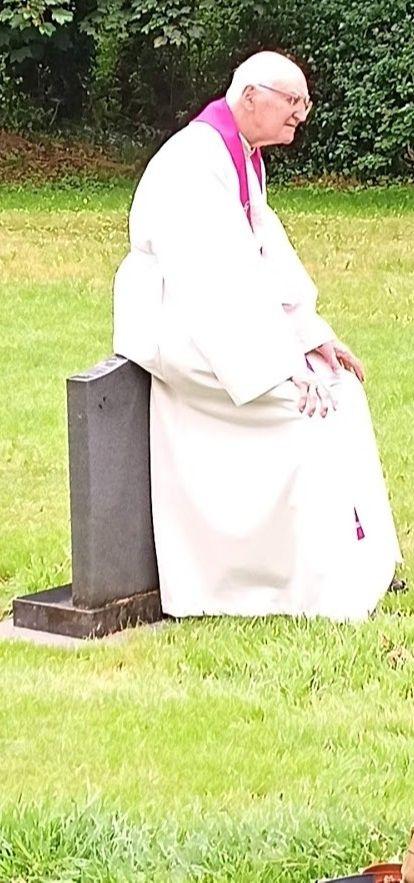 canon slattery on a gravestone