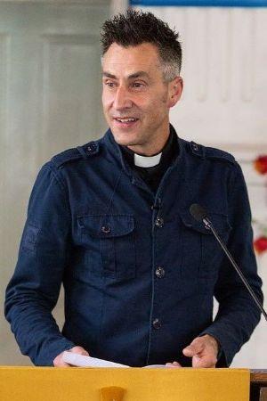 Rev Jason Vinyard