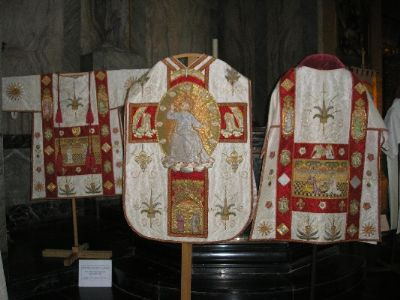 White High Mass set