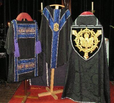 Black High Mass Set