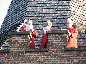Singers trio