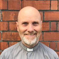 Rev Dr Simon Topping