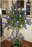 St Peters flowers with cross keys