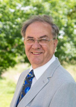 Kevin Deacon