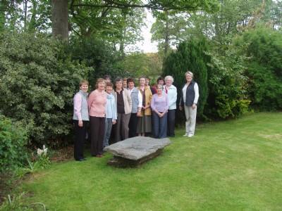 PW Fahan, ladies visiting garden of Rois Hamilton