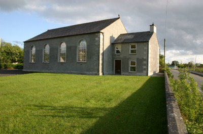 External front view of Fahan Presbyterian Church
