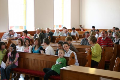 Childrens Day, Fahan. Adults  children arriving for Service.
