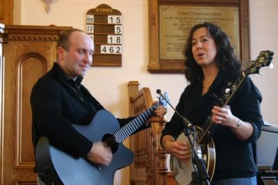 Beautiful singing by David  Melanie Darragh