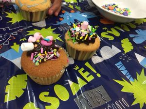 AA cakes