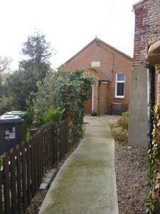 Weybourne Chapel - path