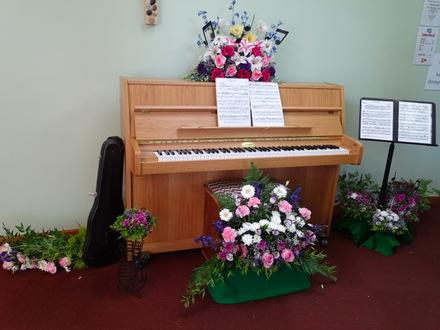 Flower Festival - I am a musician