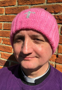 Knitted 'Rose' Hat for Mothering Sunday