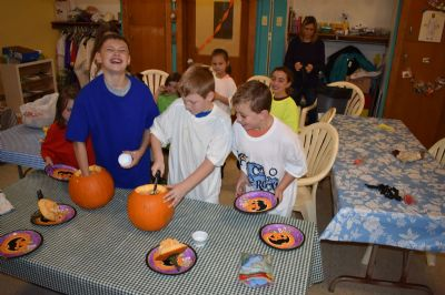 Ryan, Dylan and Carson pumpkin cleanout
