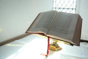 St Davids Bible