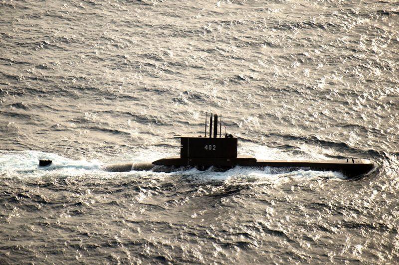 OSMTJ - Submarine - August 2015