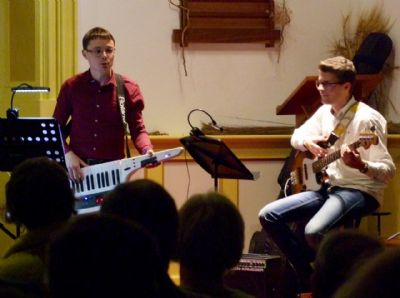 Photo M taken at the concert given by Sam Hanson & Band on 28th September 2019 at Lytchett Minster Parish Church