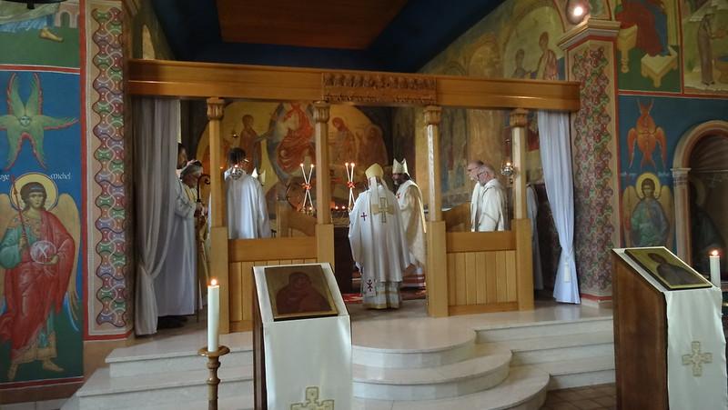 Western Orthodox bishops concelebrating