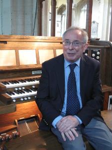 richard by his organ