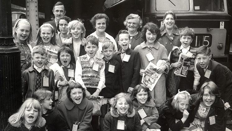 Archie - Kids at station