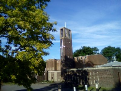 St Edmunds Church in sun