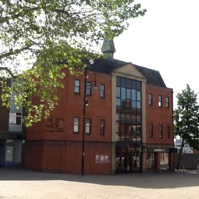 Pilgrim Centre 400