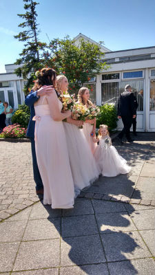 Sophie and bridesmaids.