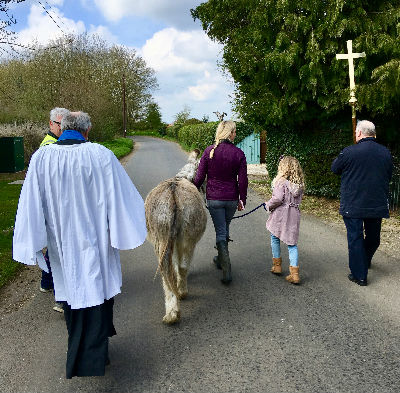 Palm Sunday Processing to St Nicholas
