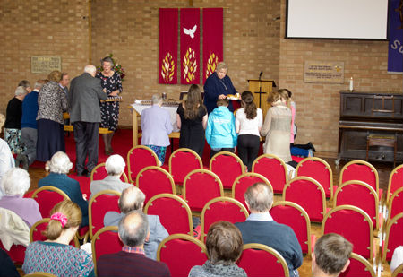 Communion service02 3May15