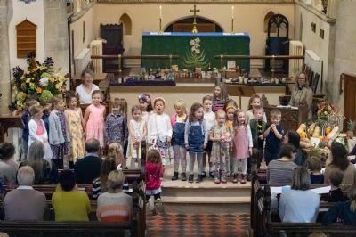 Harvest 2019 children sing