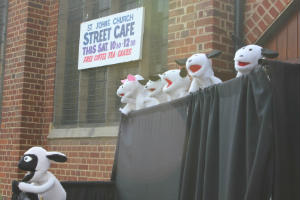 Vision Theatre Puppets at Street Café