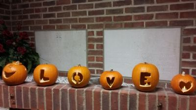 Light Party pumpkins - Love