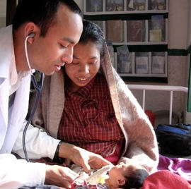 A patient consultation in Nepal